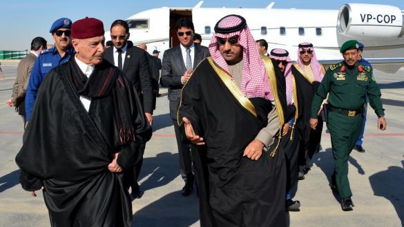 Photo of وفدُ عقيلة يربكُ سفيره في الرياض