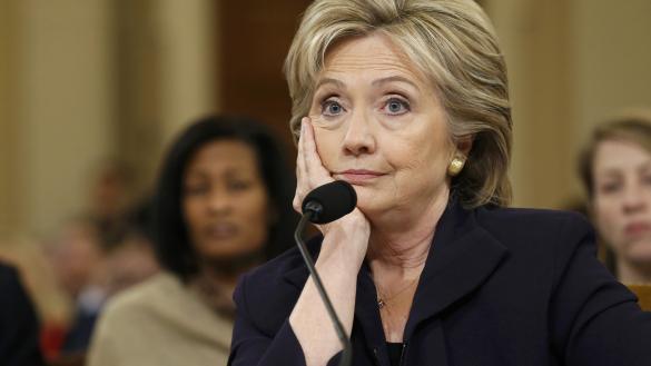 Photo of كلينتون تتحمل مسؤولية هجوم بنغازي