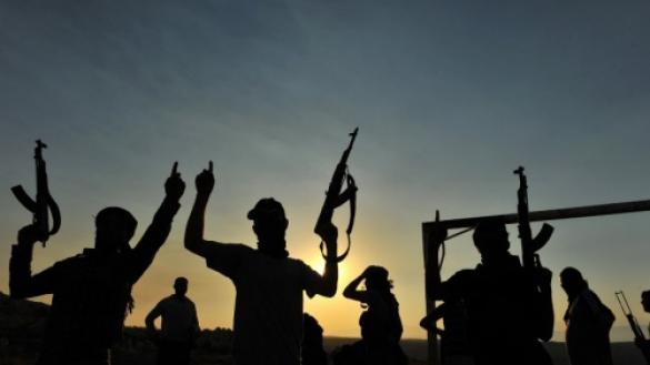 Photo of إصابة واشتباكات عنيفة في درنة