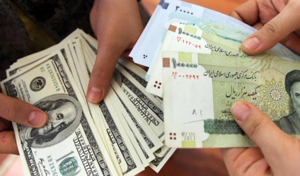 التومان الإيراني والدولار
