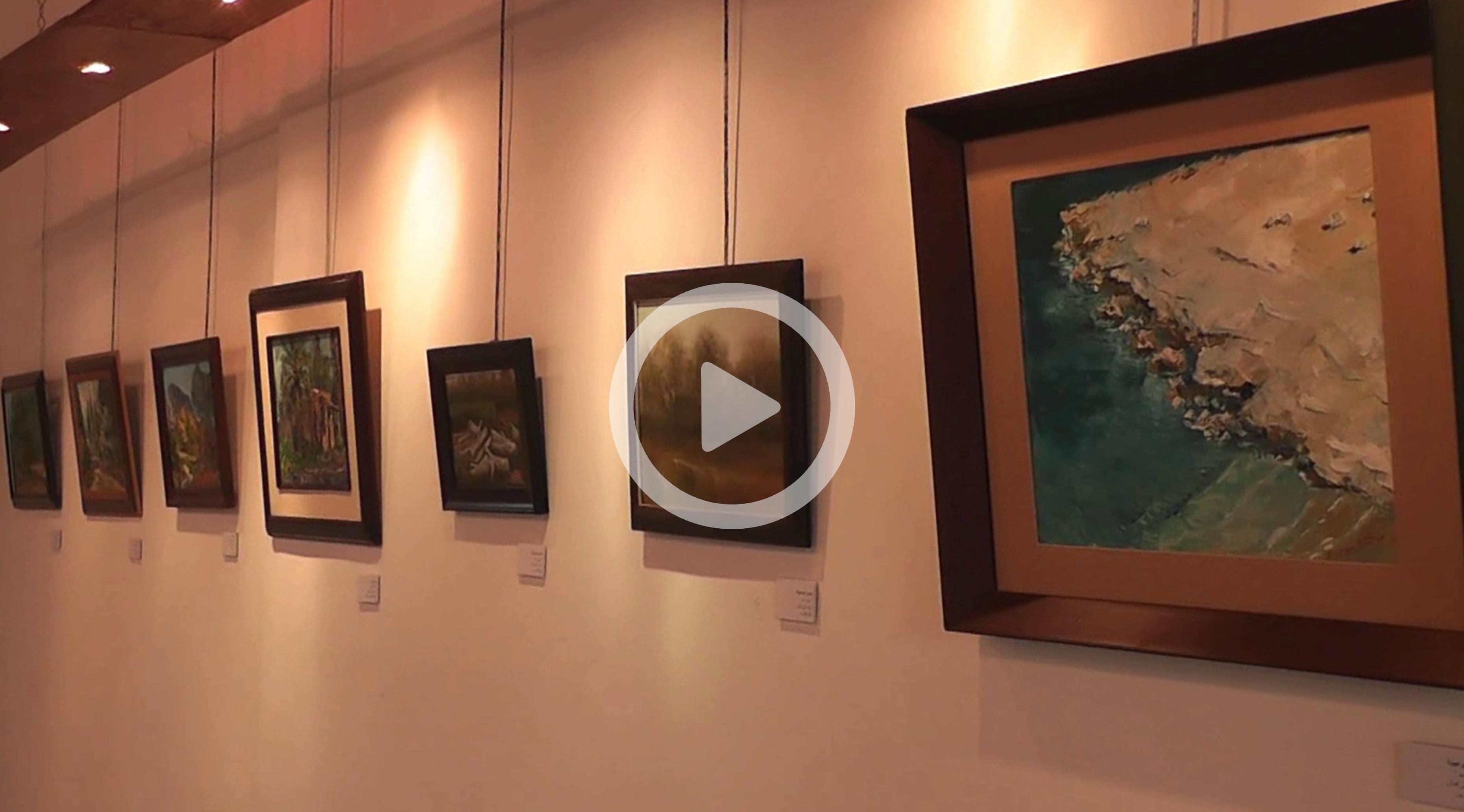 معرض فني بطرابلس