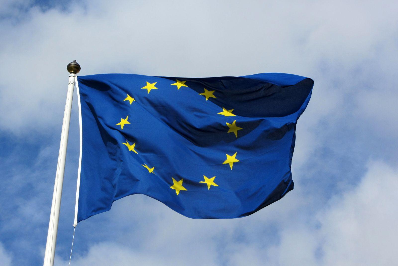 """صورة تفكك """"اليورو"""" احتمال قائم بعد """"بريطانيا"""".. و """"سقوط رينتسي"""""""