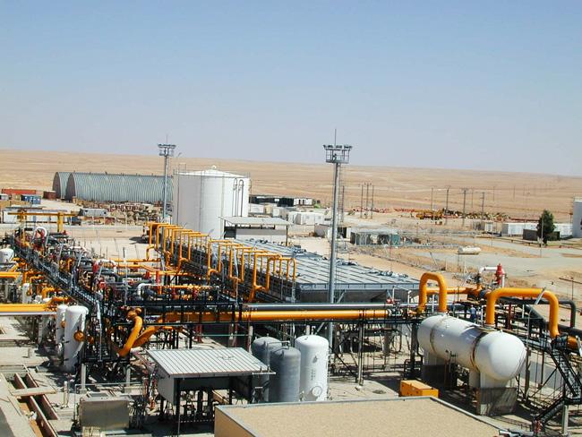 صورة الجزائر تتوقع انخفاض إيرادات الطاقة 10 مليارات دولار