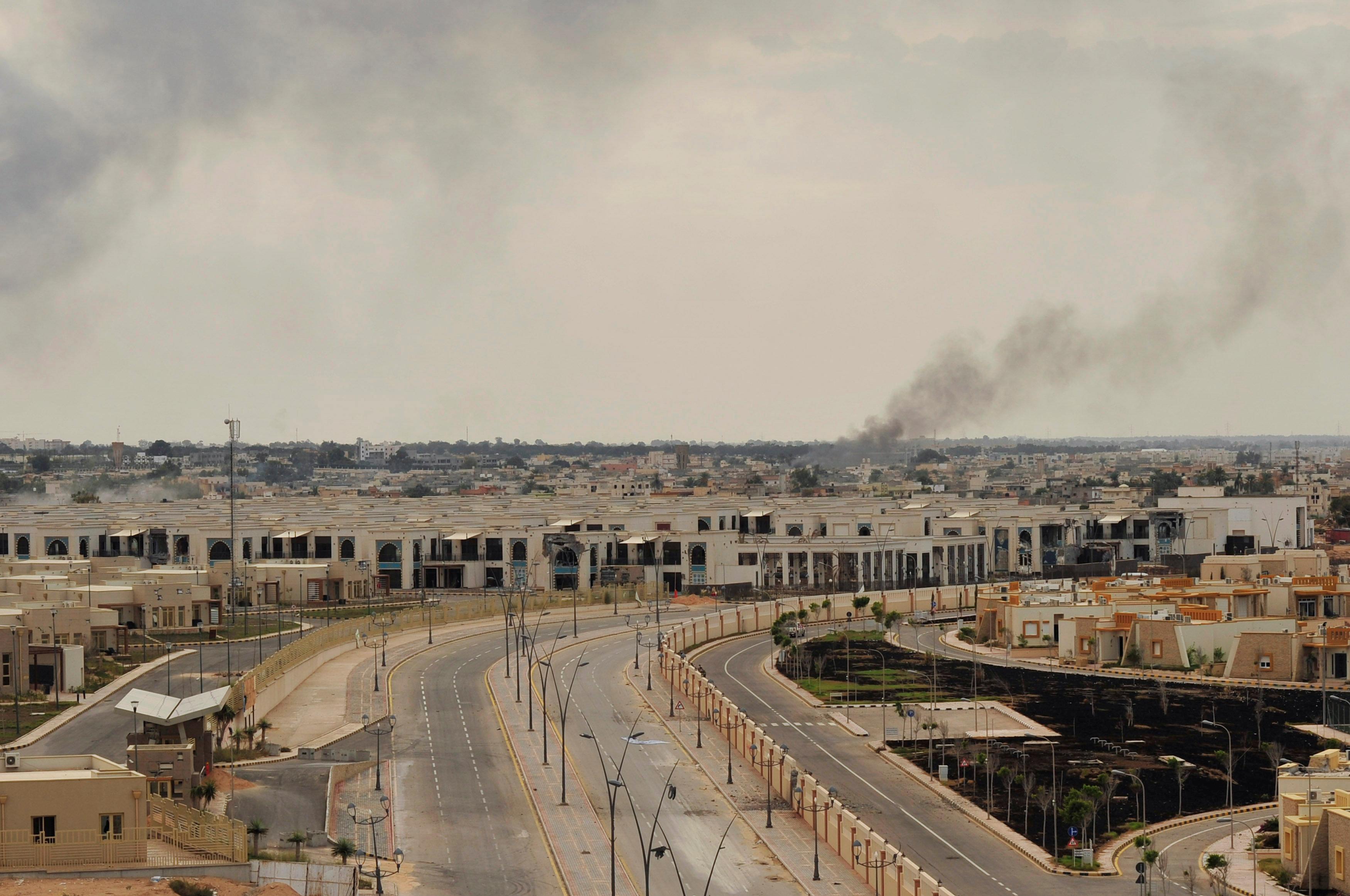 """Photo of منظمة: """"120 طفلا وامرأة"""" من سرت معتقلون للاشتباه بداعش"""