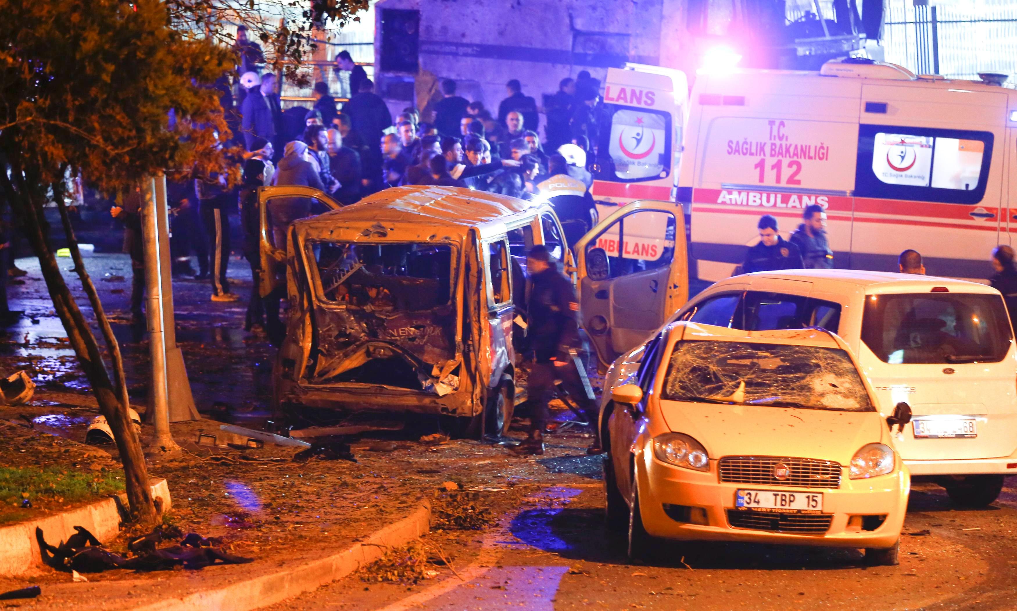 "Photo of انفجار اسطنبول يسفر عن ""13 قتيلا"" وعشرات الجرحى"