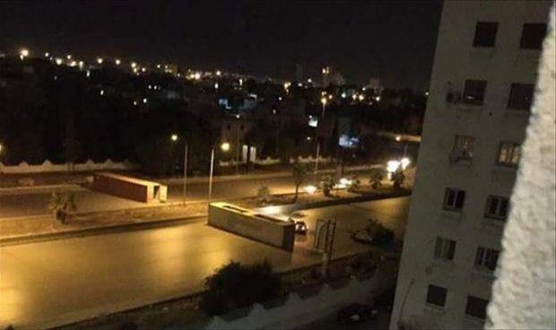 Photo of مصادر: اشتباكات مسلحة بطريق الشط في طرابلس