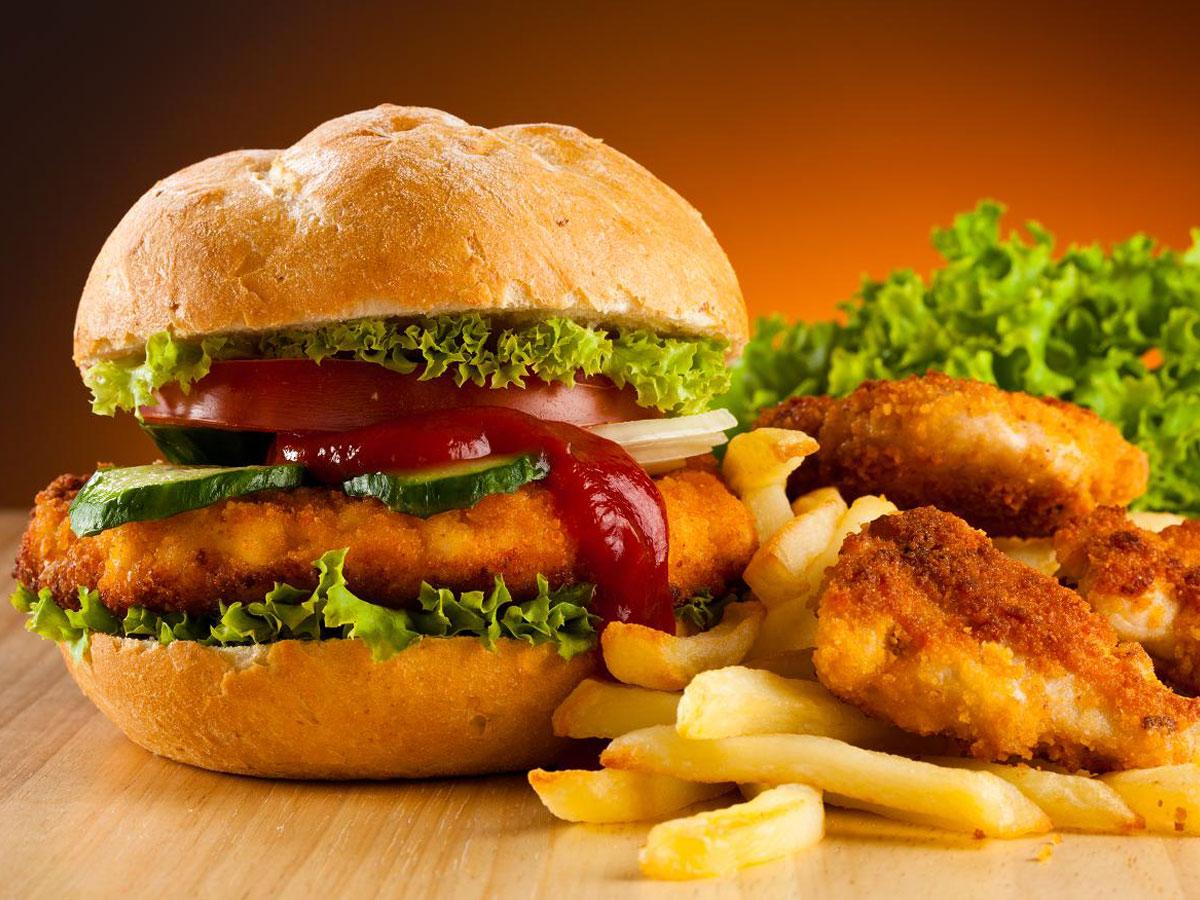 "Photo of أطعمة ""خطيرة"" نتناولها يوميا.. والحقيقة أنها ""مسرطنة"".. اعرف أكثر"