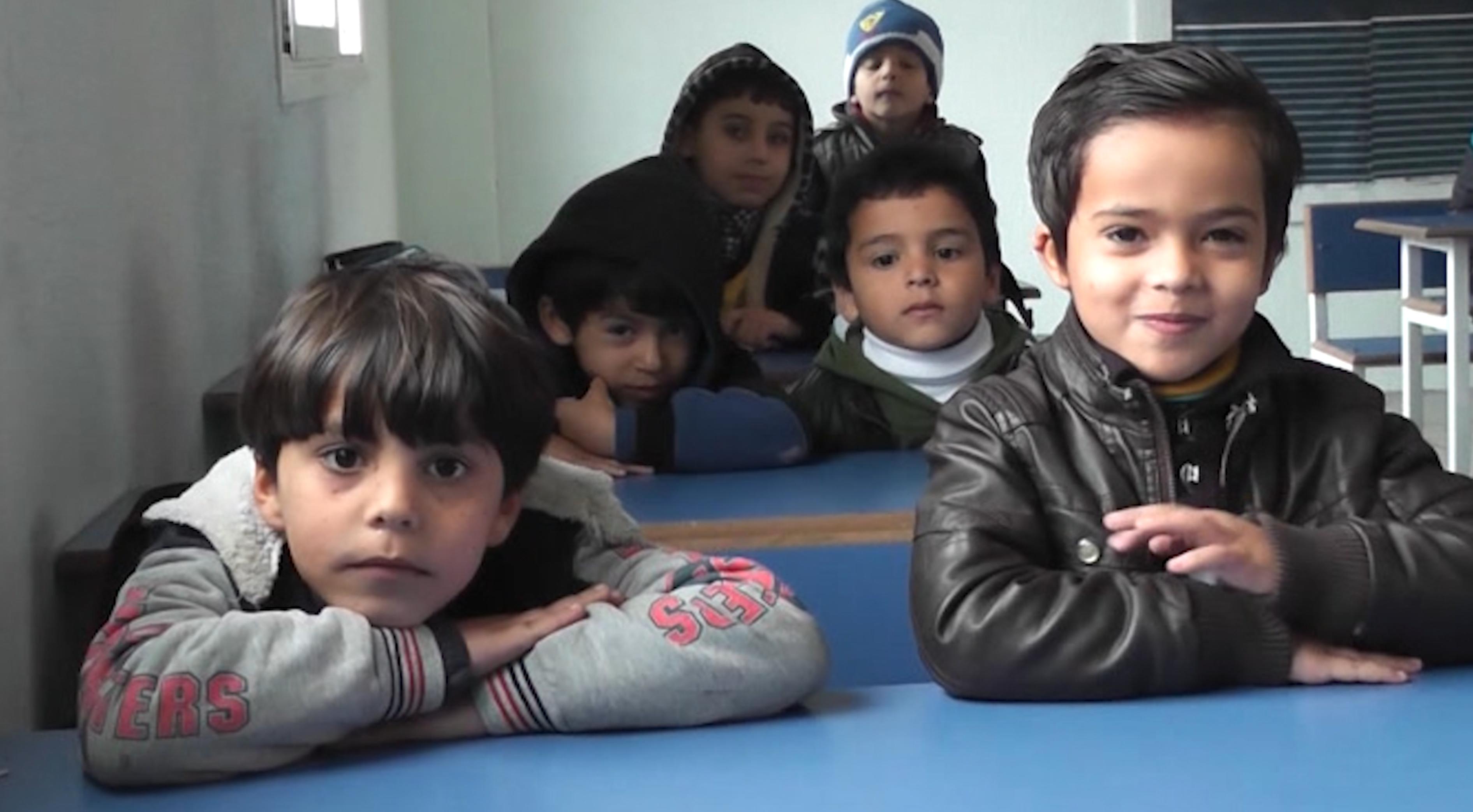 "Photo of طلبة مزدة يتلقون دروسا بفن الخطابة على ""المنابر"""