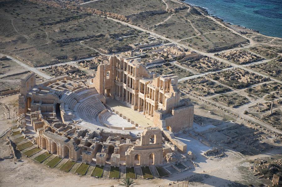 Photo of تحذير من الاعتداء على المواقع السياحية