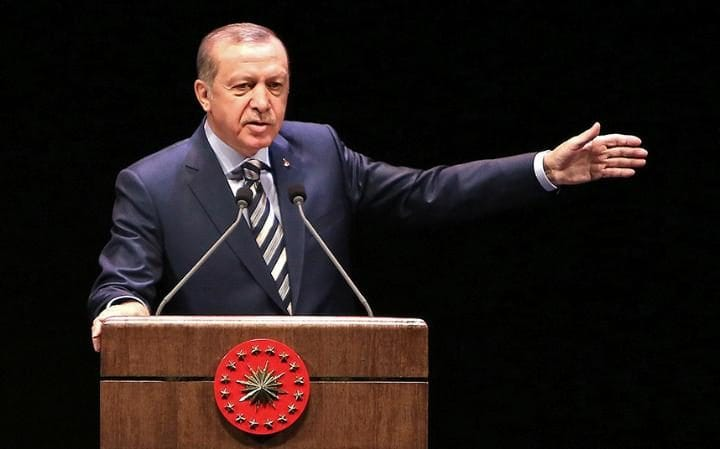 """Photo of أردوغان يعود إلى """"شمّاعة كولن"""".. ويعتقل عسكريين"""
