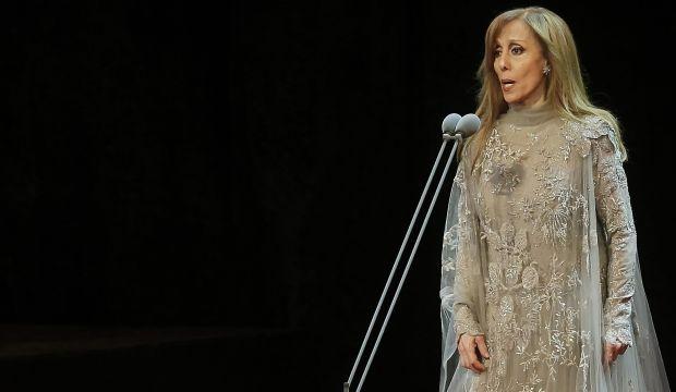 الفنانة اللبنانية الكبيرة فيروز