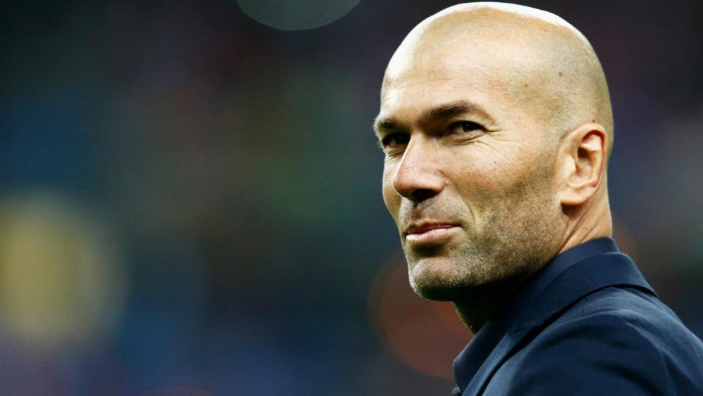 """Photo of """"زيزو"""" يبحث عن """"فرصة أكبر"""" من ورطة ريال مدريد"""