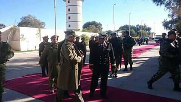 Photo of المشير حفتر في طبرق للقاء عقيلة.. ووفد روسي
