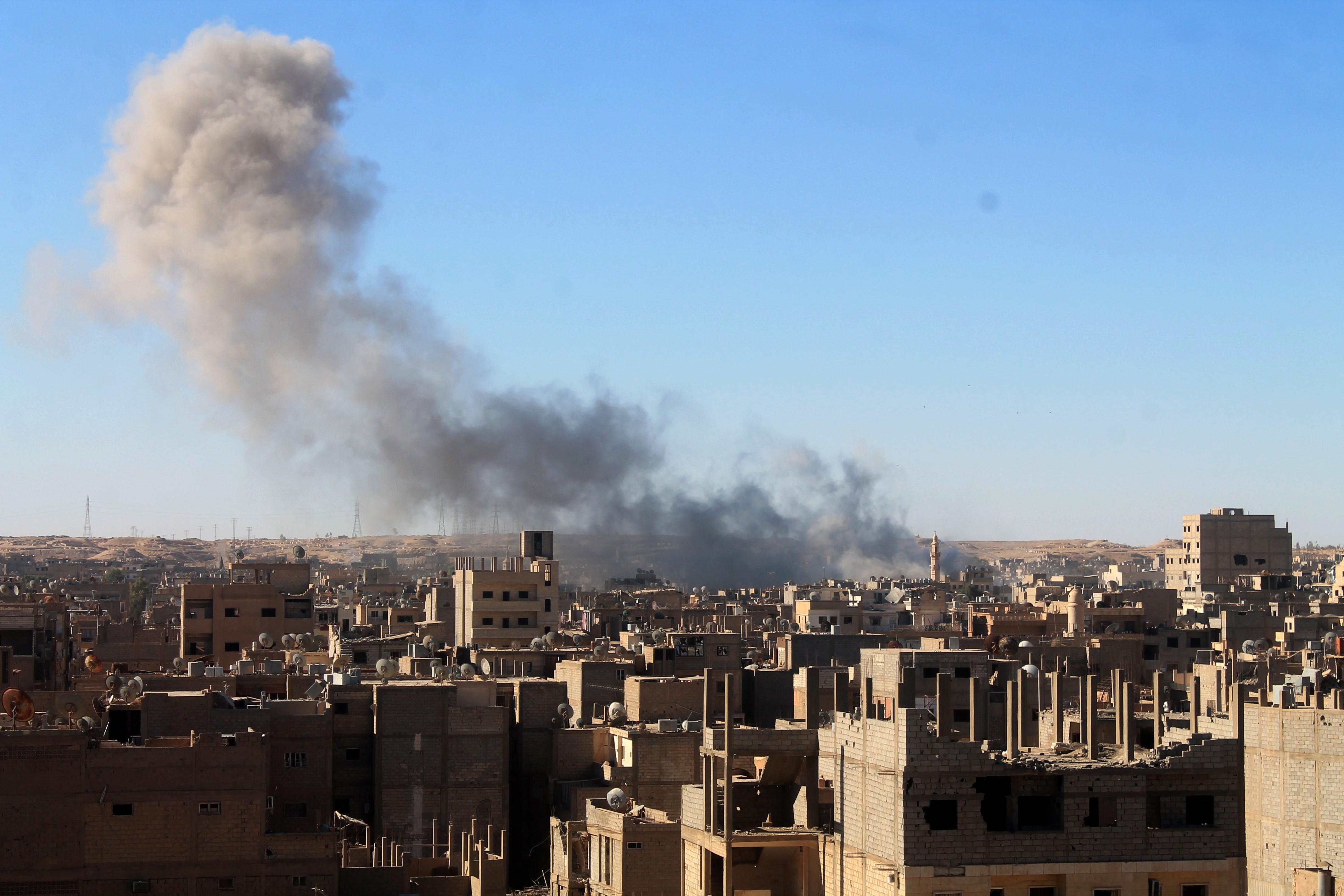 Photo of داعش يهاجم دير الزور.. ويشتبك مع الجيش السوري