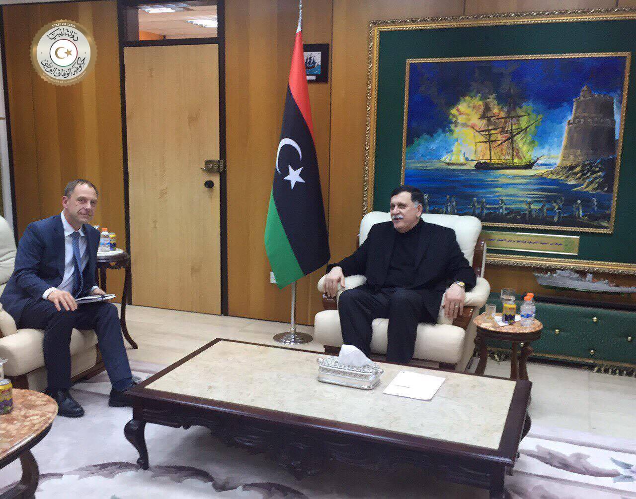 Photo of سفير ألمانيا بليبيا يؤكد للسراج دعم الوفاق والحرس الرئاسي