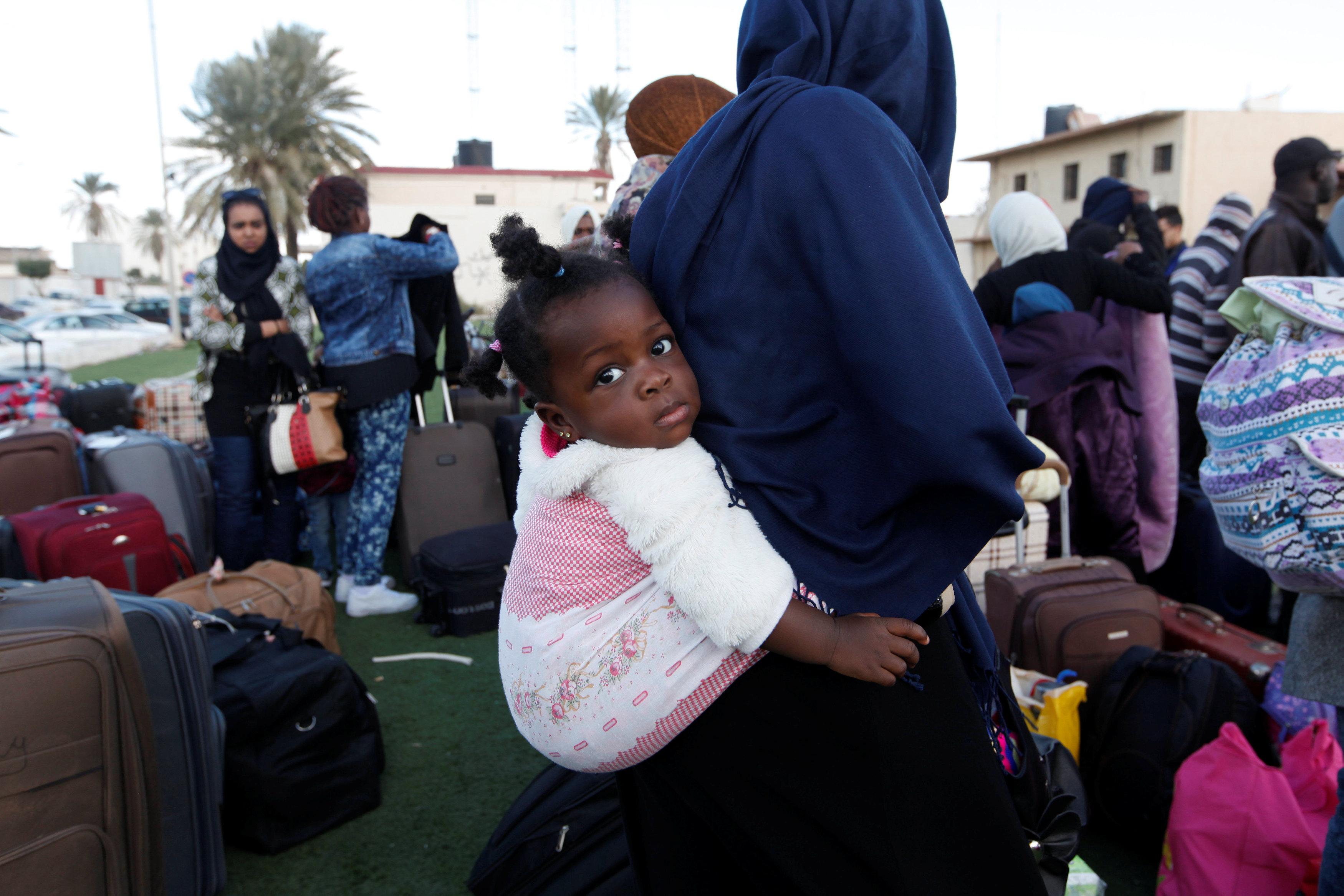 """صورة سيناتور إيطالي يطالب """"بوقف فوري"""" لتدفق المهاجرين من ليبيا"""