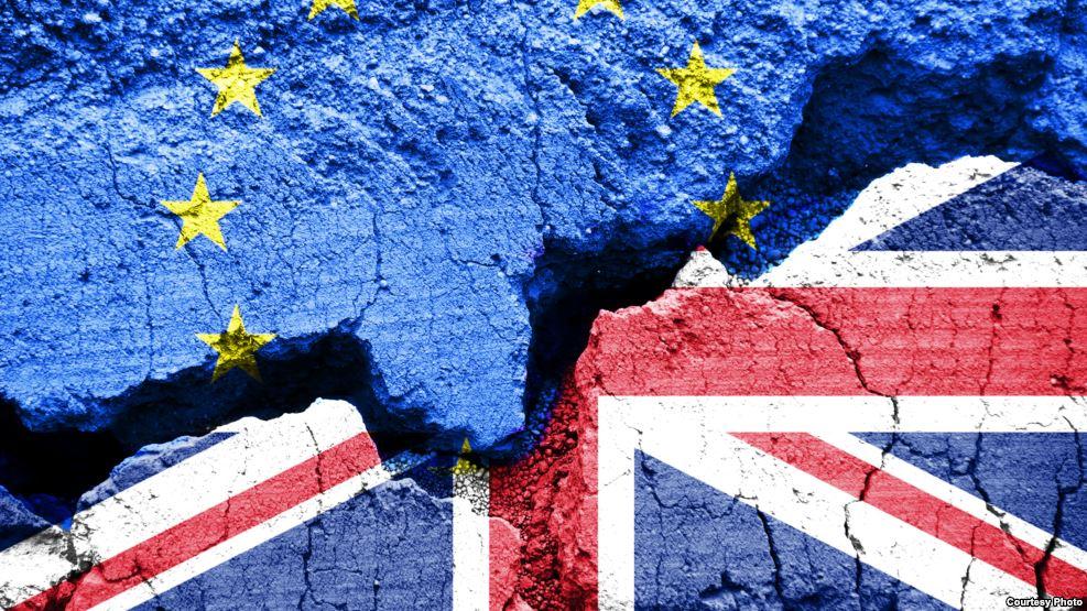 Photo of باتفاق أو من دونه..بريطانيا تقترب من توديع الاتحاد الأوروبي