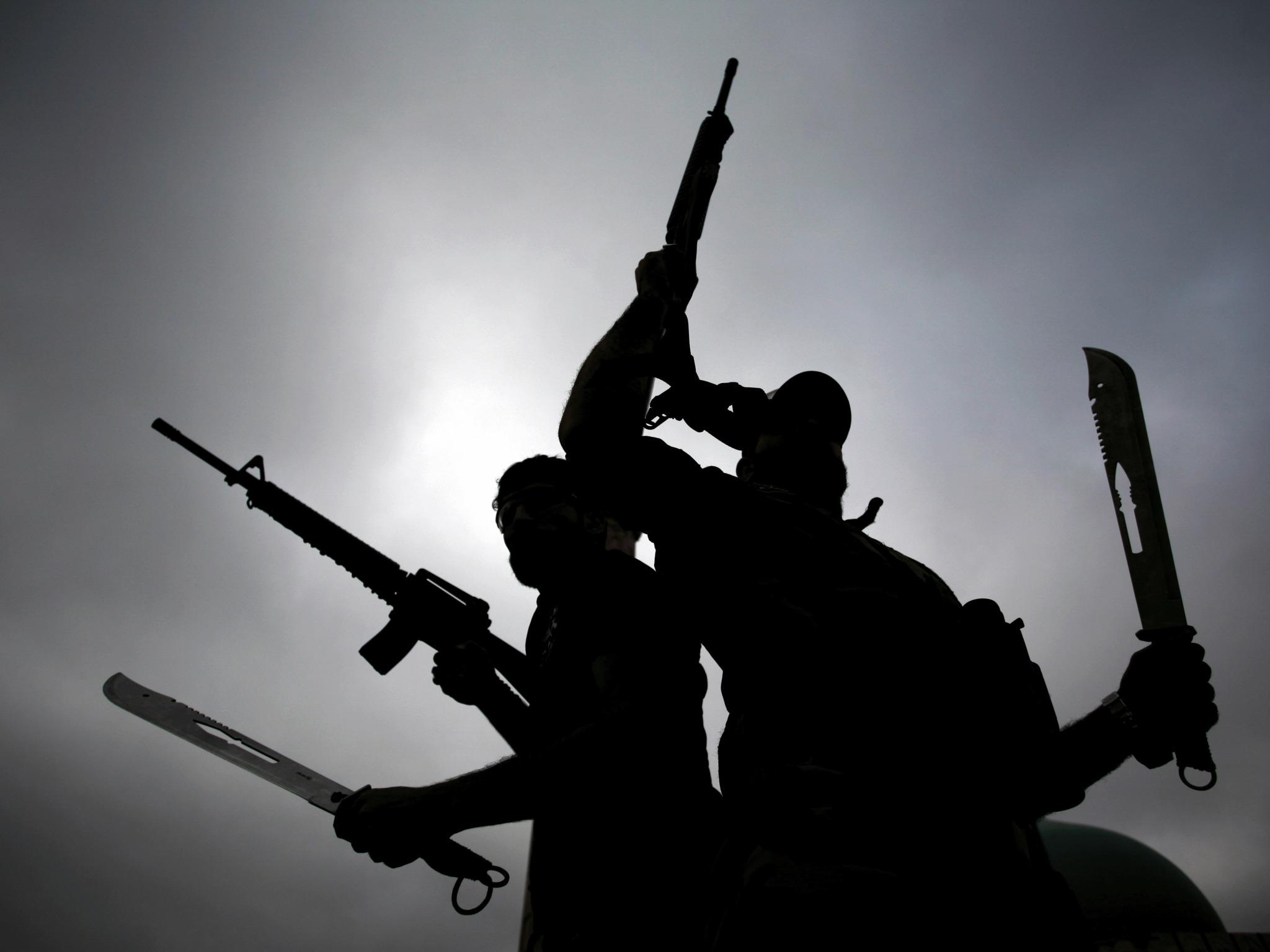"Photo of مخاوف دولية: هل تعود ""إمارة الخرافة"" إلى ليبيا؟"