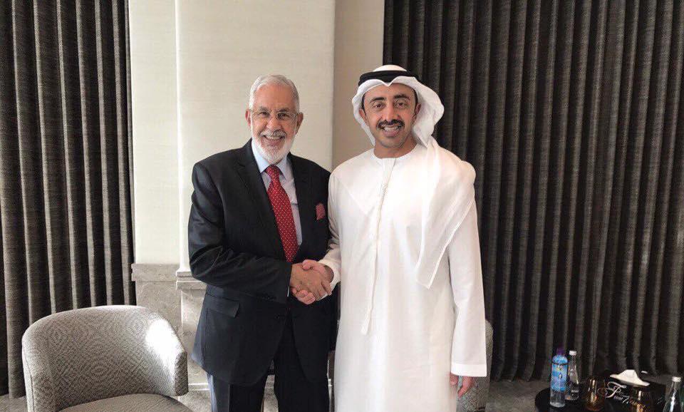 Photo of وزير الخارجية الإماراتي وسيالة: حل سياسي شامل.. ورفض التدخل