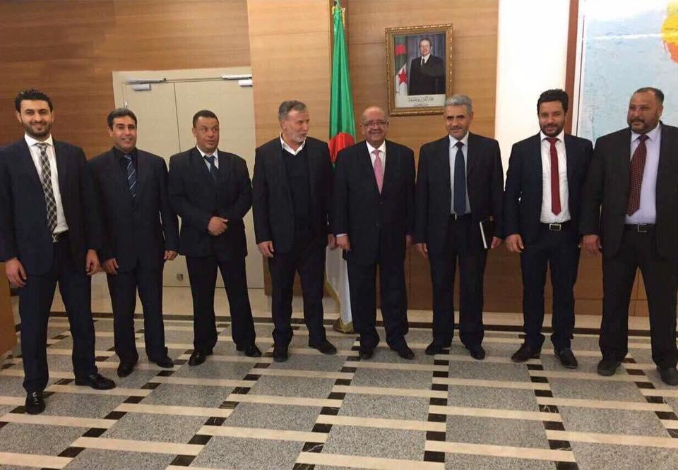 "Photo of وفد من الزنتان يبحث في الجزائر ""التطورات الليبية"""