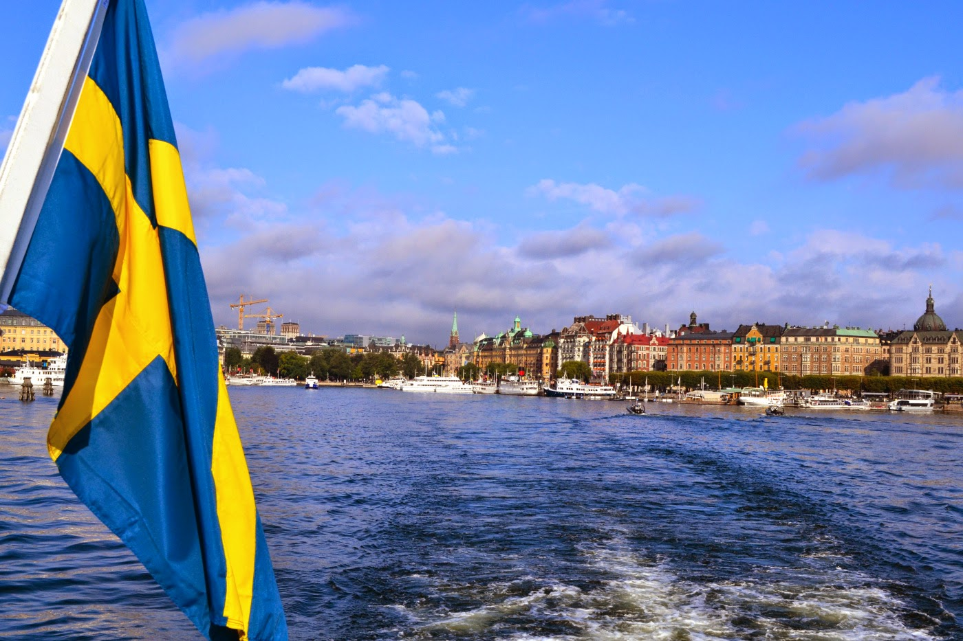 Photo of السويد بلا نقود بعد 13 عاما.. هل تعرف لماذا؟