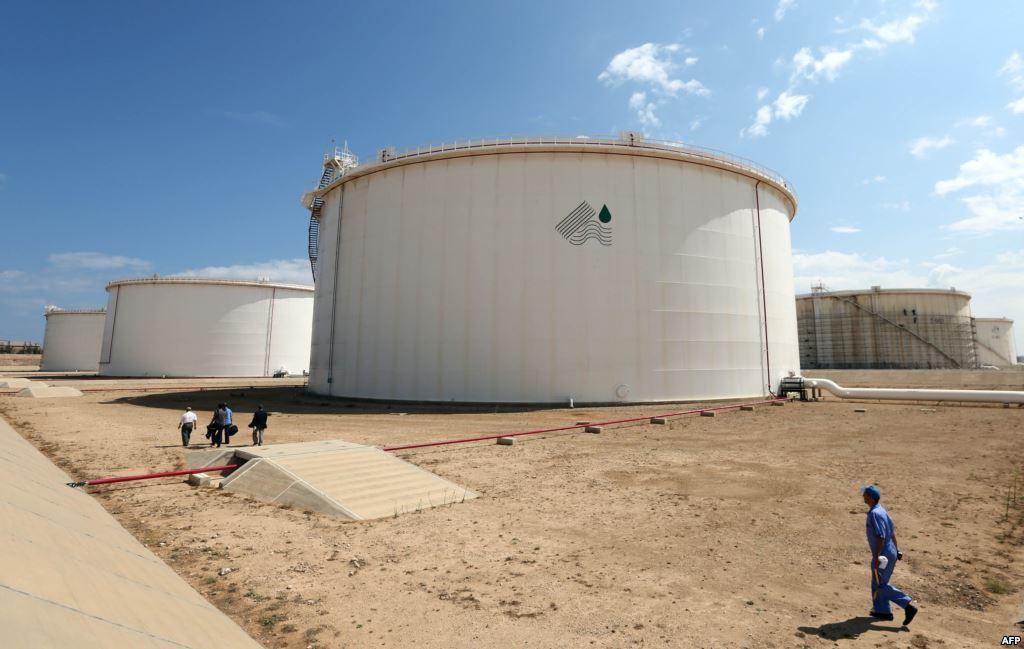 Photo of مساع لرفع إنتاج ليبيا نفطياً لـ 1.1 مليون برميل