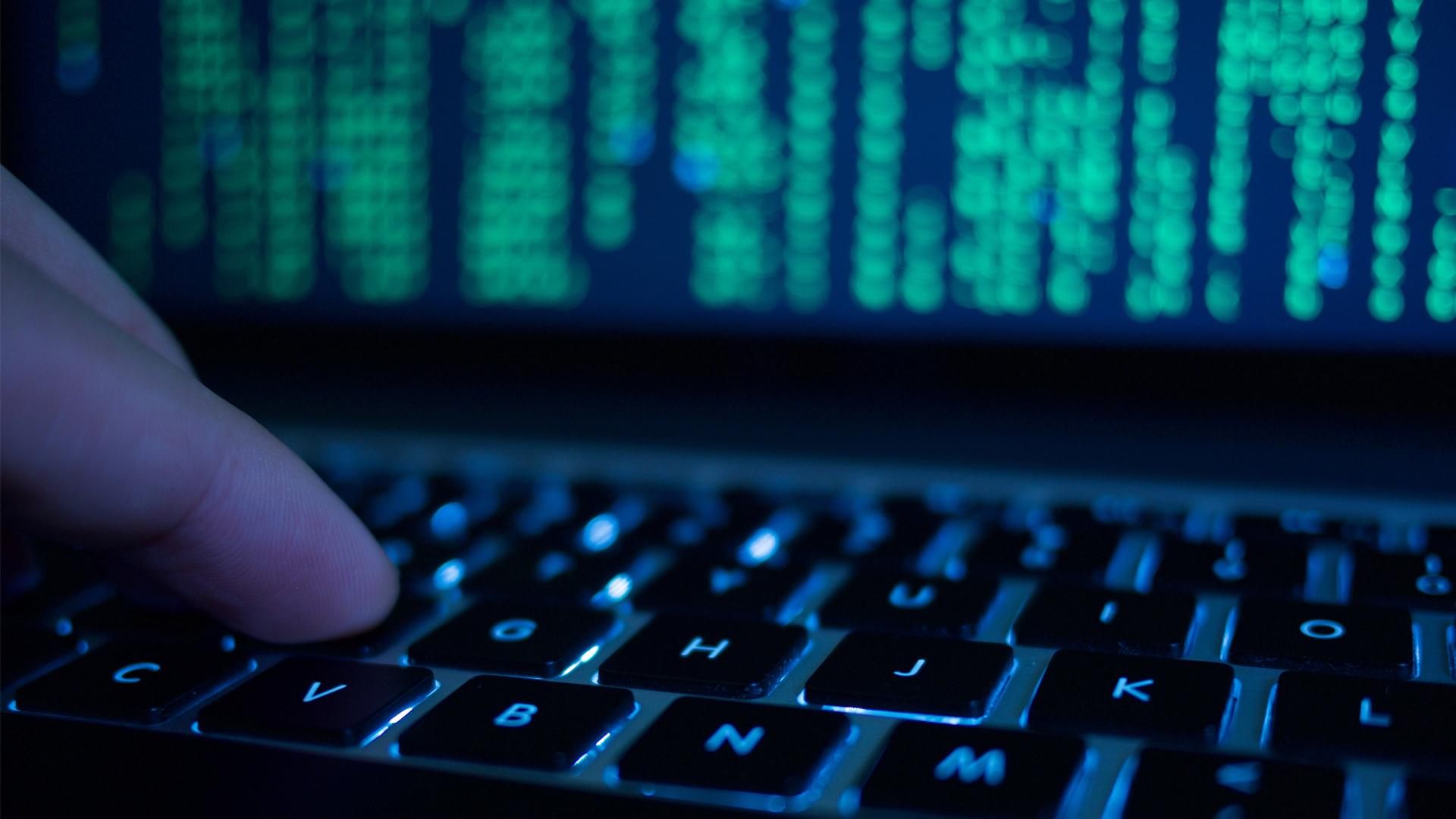 """صورة إليك 4 نصائح للوقاية من """"الهجمات الإلكترونية"""""""