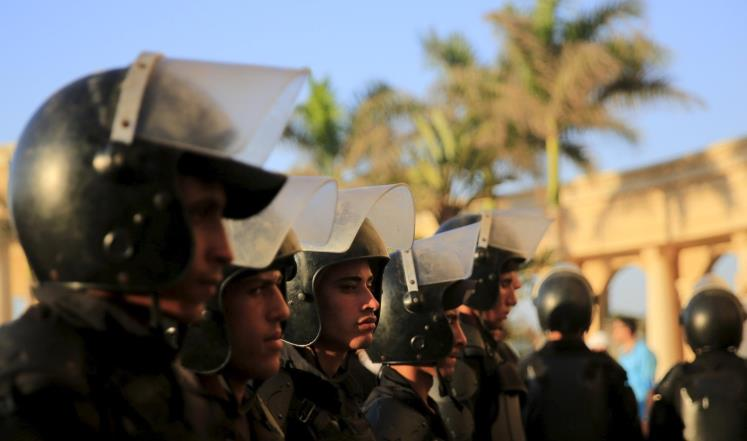 "Photo of ""مصر تُحْبِط ""عملا إرهابيا كبيرا"".. وتقتل 4 عناصر ""تكفيرية"""