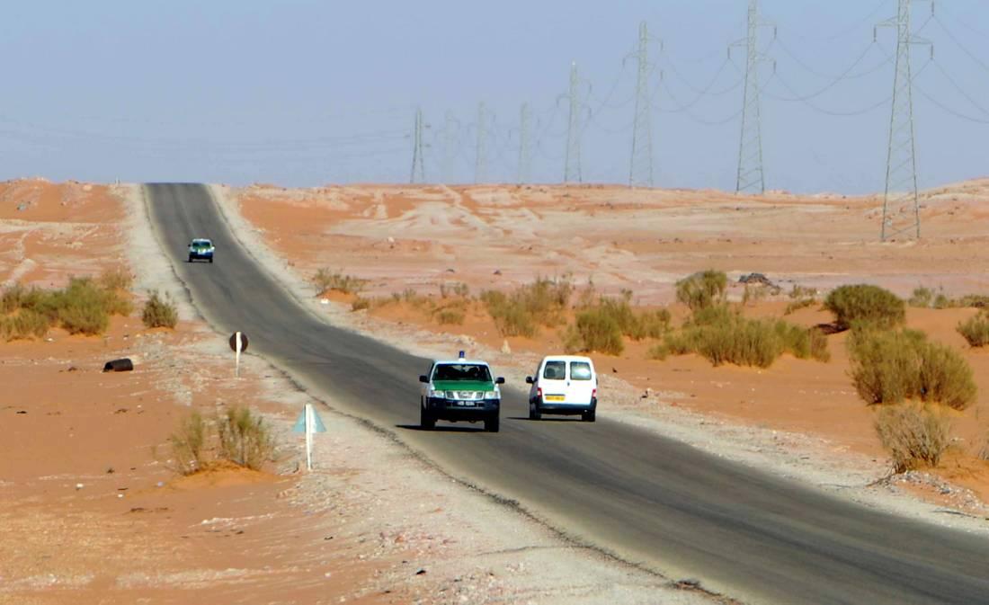 """منفذ """"ايسين"""" الحدوديّ بين ليبيا والجزائر"""