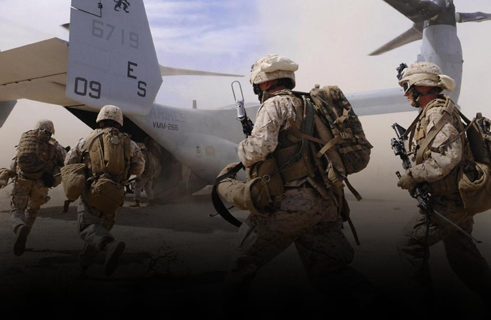 """Photo of مقرب من ترامب يُلمّح ل""""تدخل عسكري"""" في ليبيا"""