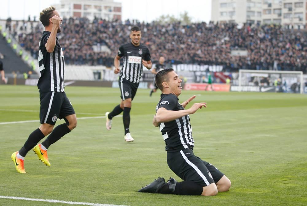 "Photo of فريق ""محترف ليبي"" في صربيا.. يتصدر الدوري"