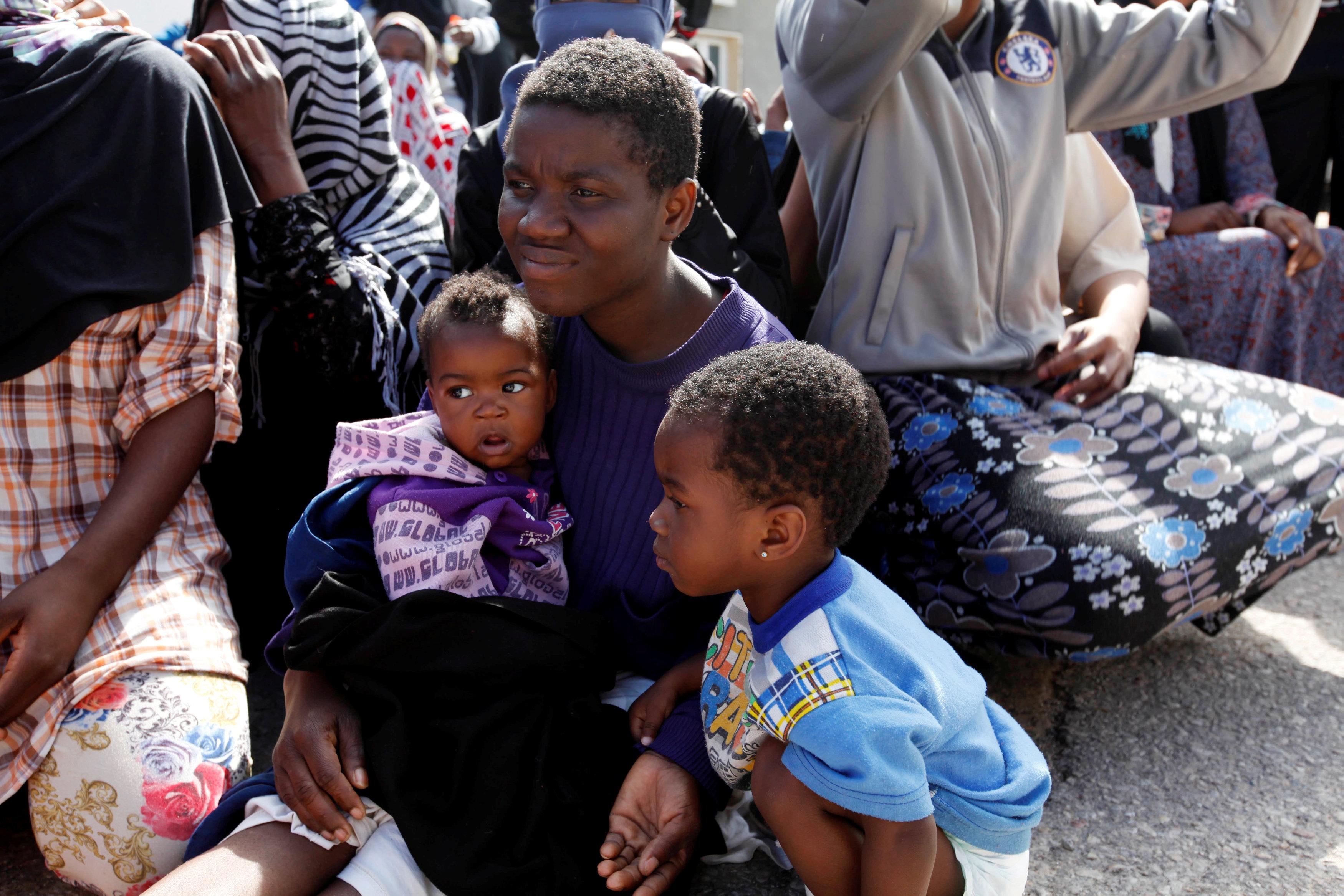 """Photo of """"أطباء بلا حدود"""": ليبيا """"لا تصلح"""" لحل مشكلة اللاجئين"""