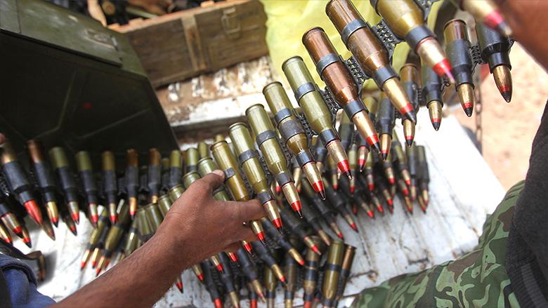 "Photo of معمر القذافي ""أغرق"" الجوار الليبي ب""سلاح ضخم"""