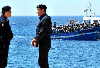 Photo of مسؤول إيطالي: منظمات إنقاذ متورطة مع المهربين الليبيين