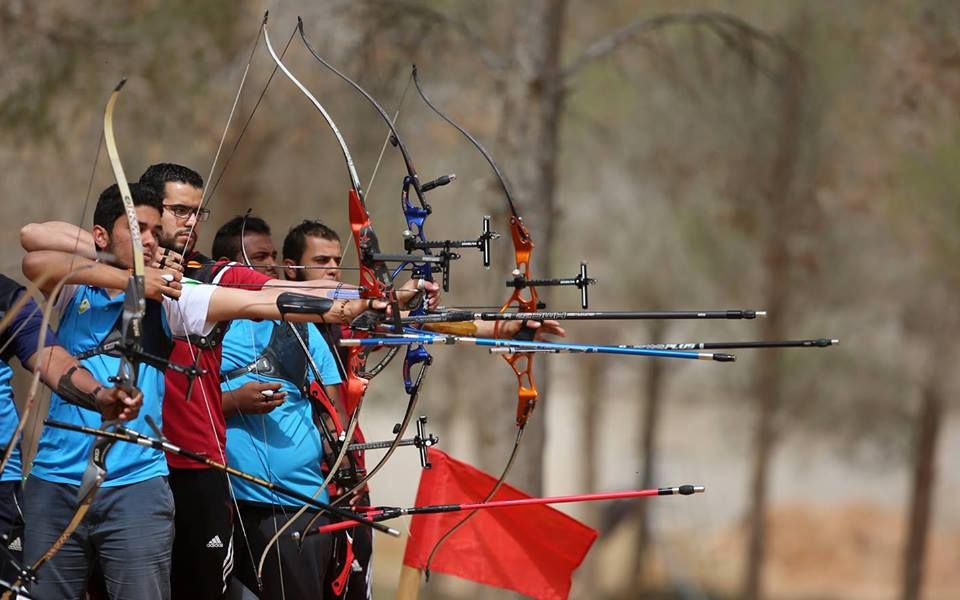 بطولة تنشيطية للرماية والقوس