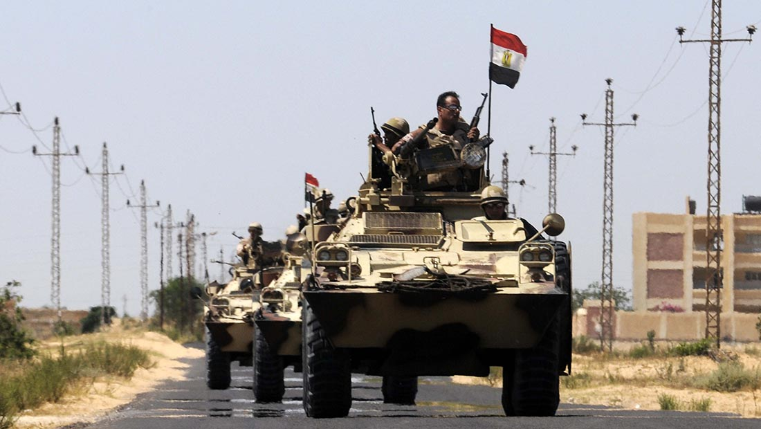 Photo of خسائر بشرية للجيش المصري بانفجار على الحدود مع ليبيا