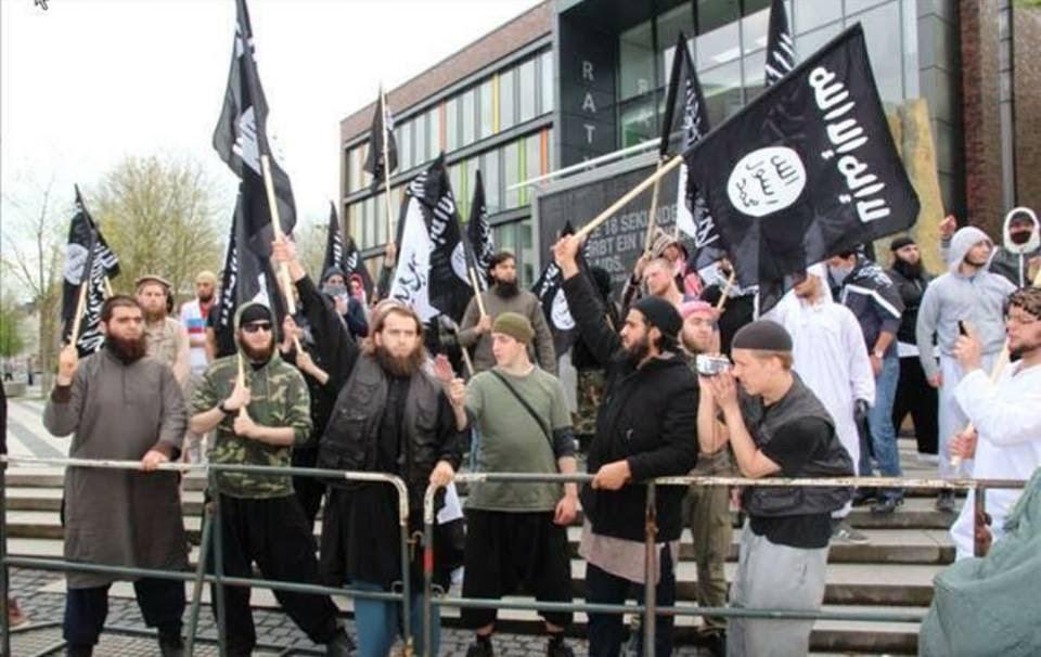 """Photo of تحذيرات أوروبية من تدفق """"الدواعش"""" إلى الدول الأوروبية"""