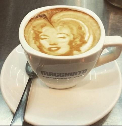 "Photo of ""السنابوتشينو"" يُزيح ""الكابوتشينو"" عن عرش القهوة. شاهد"