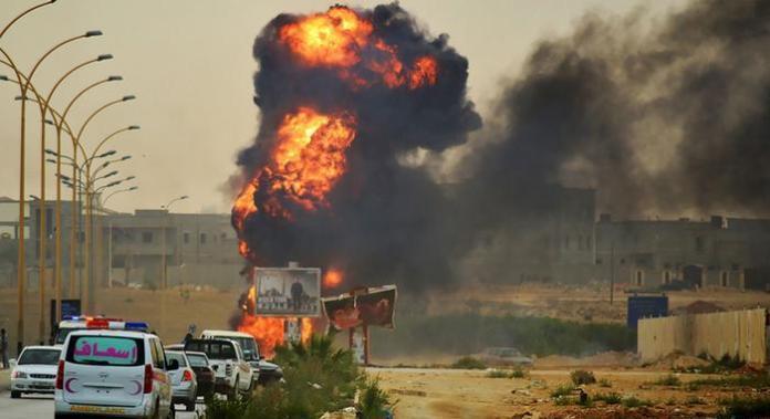 صورة تطاوين التونسية تشتعل بالاحتجاجات.. وسقوط أول قتيل