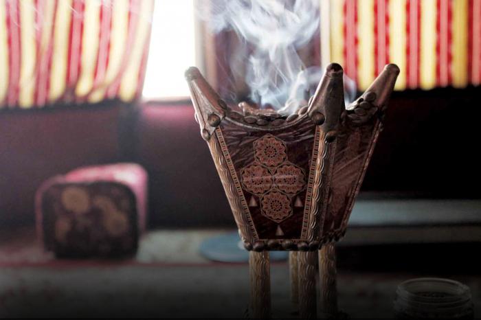 صورة البخور الليبي.. روائح الجدّات تعبق في المكان