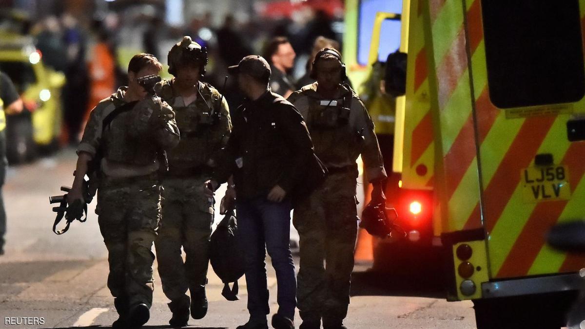 """Photo of مسلح يحتجز رهائن بريطانيين.. وغموض حول """"الدوافع"""""""