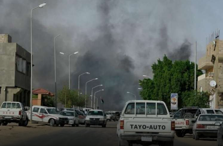 "Photo of الليبيون بـ""جيوب فارغة"".. يهجرون السياسة وأخبارها"