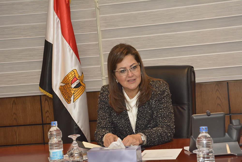 """صورة """"مستوى فلكي"""" للديْن المصري العام قبل أربعة أشهر"""