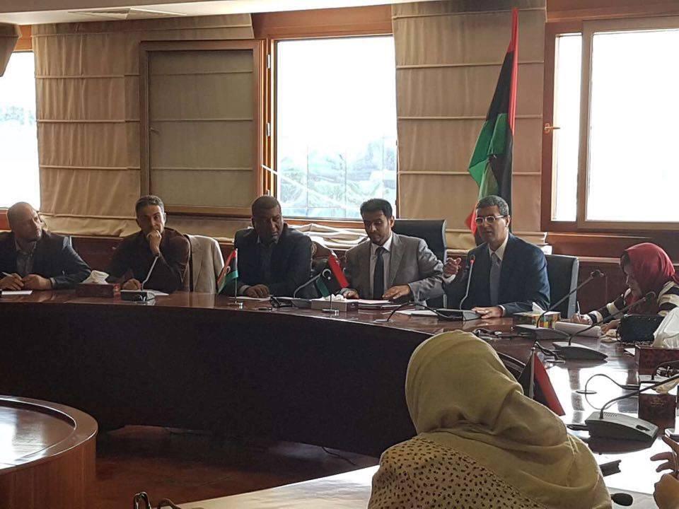 "Photo of ""مالية- الوفاق"" تحدد موعد صرف رواتب موظفي الدولة"