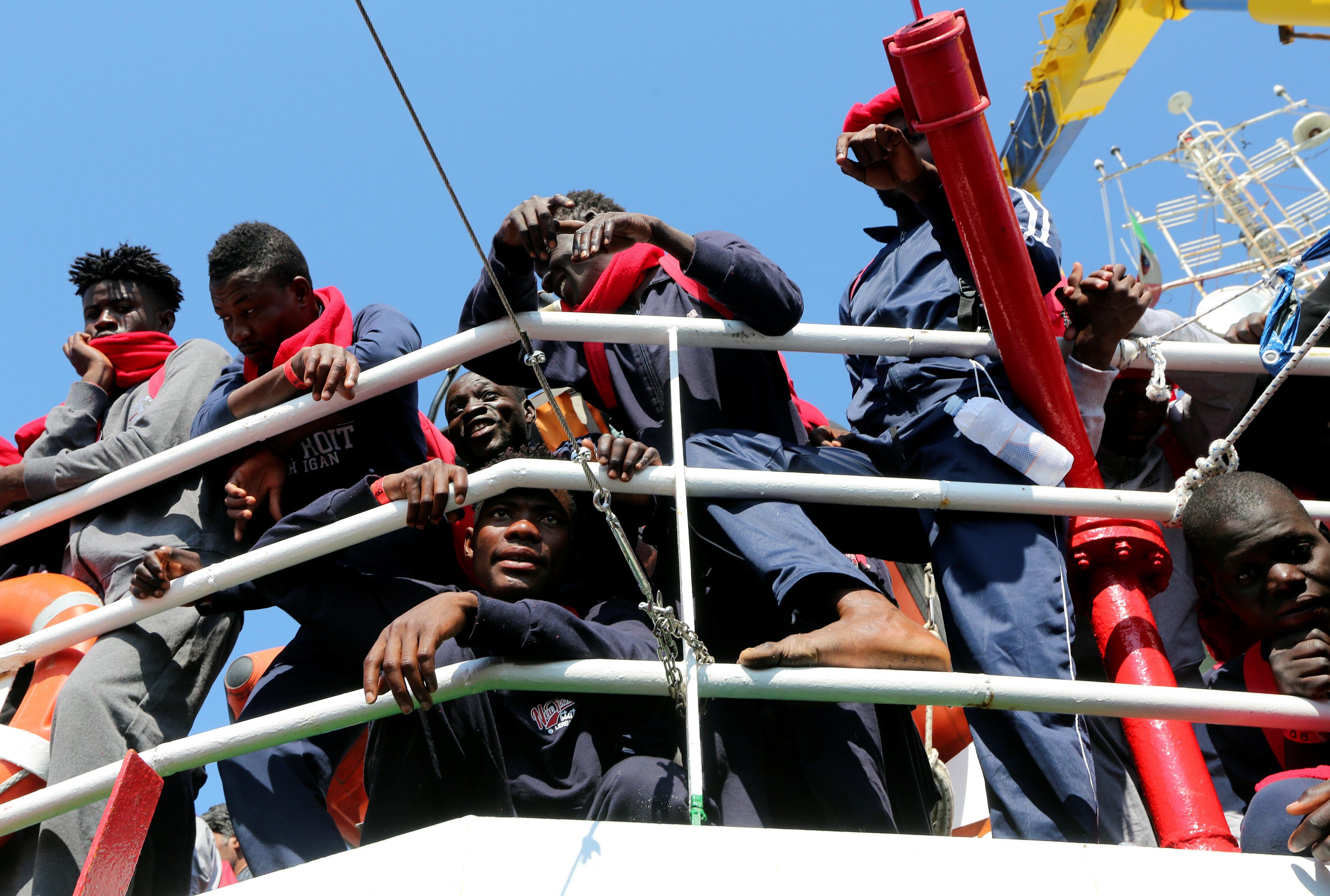 المهاجرين من ليبيا