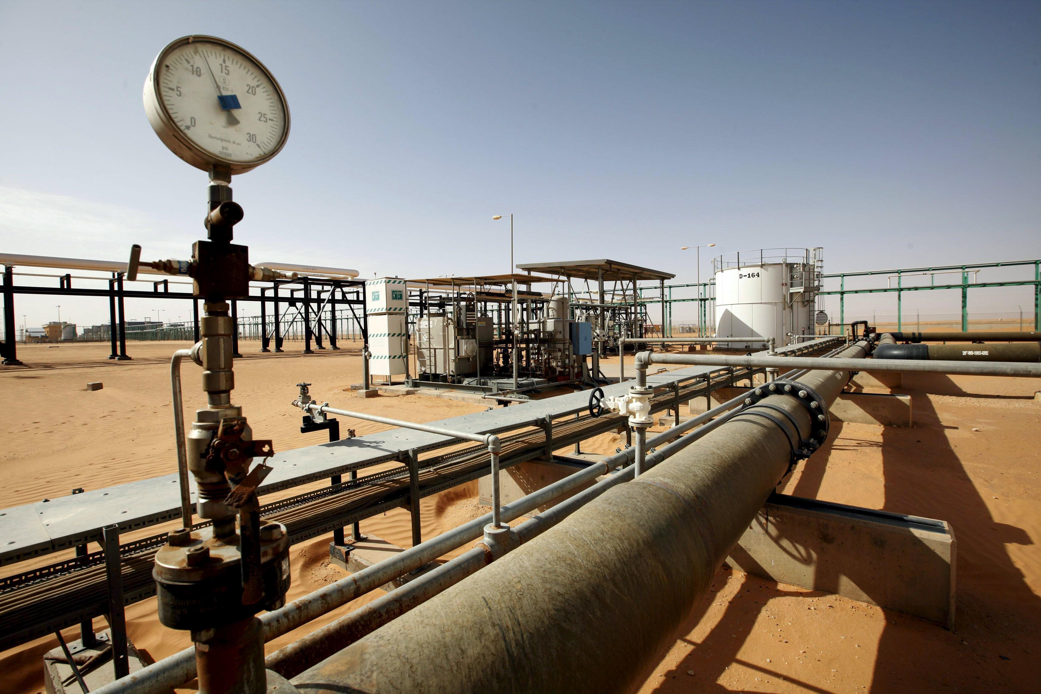 حقل الشرارة النفطي - ارشيفية