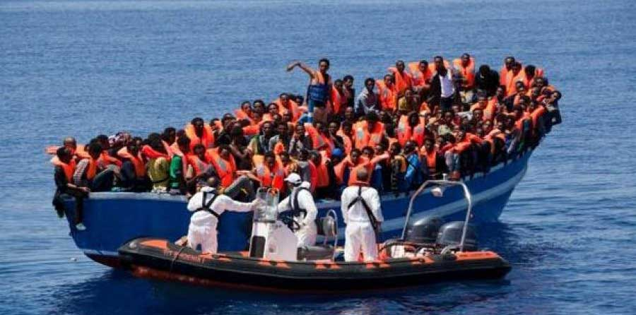عمليات إنقاذ كبيرة لمهاجرين