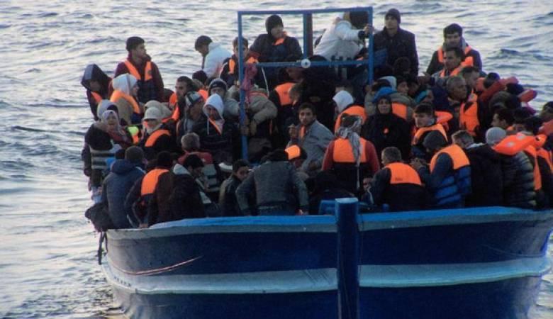 إنقاذ المهاجرين بسواحل ليبيا