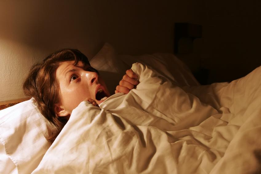 """Photo of """"الأحلام المزعجة"""".. كيف تتجنبها لتنعم بـ""""النّوم العميق""""؟"""