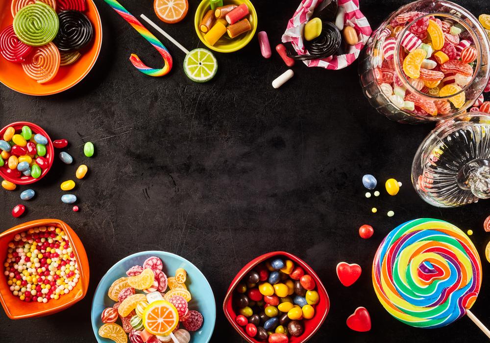 الحلويات تسبب تسوّس الأسنان